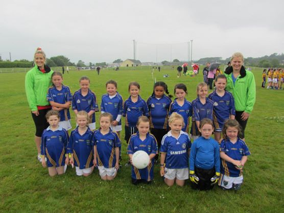 Kilshannig LGFC U8s meet members of the Cork Ladies Senior team